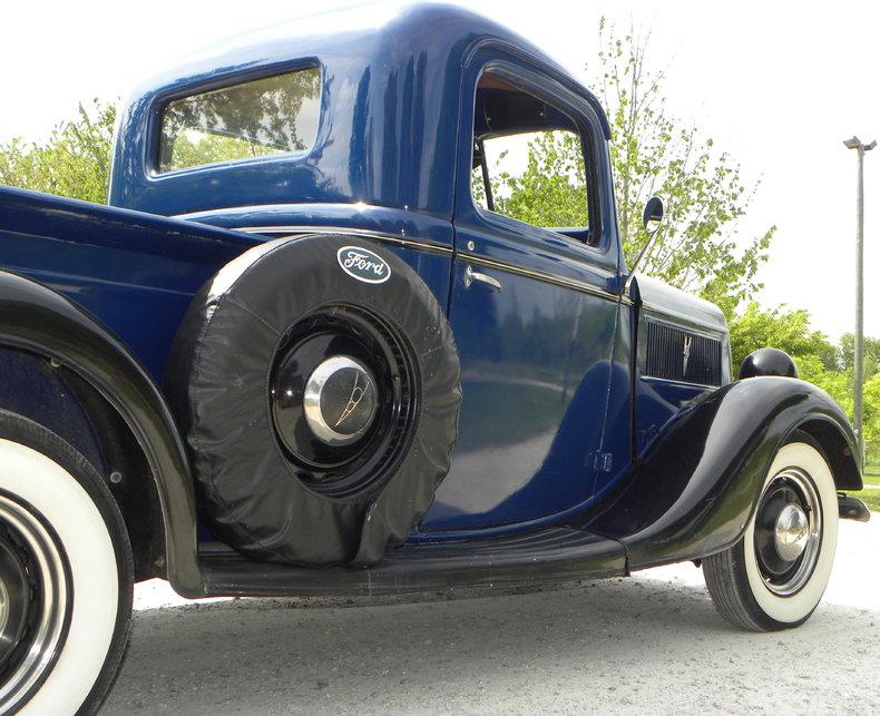 1937 Ford Model 73/77 Image 32