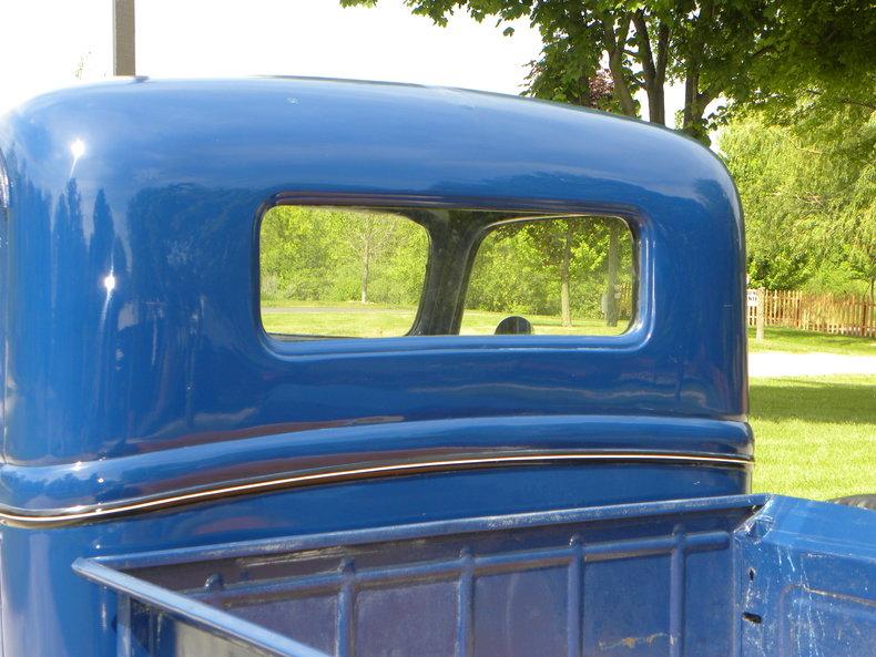 1937 Ford Model 73/77 Image 38