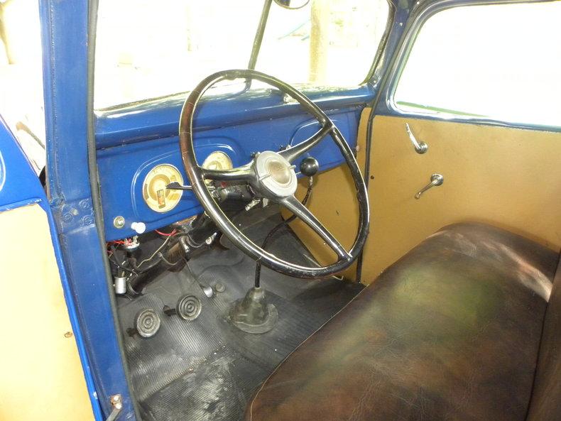 1937 Ford Model 73/77 Image 40