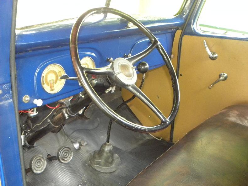 1937 Ford Model 73/77 Image 45