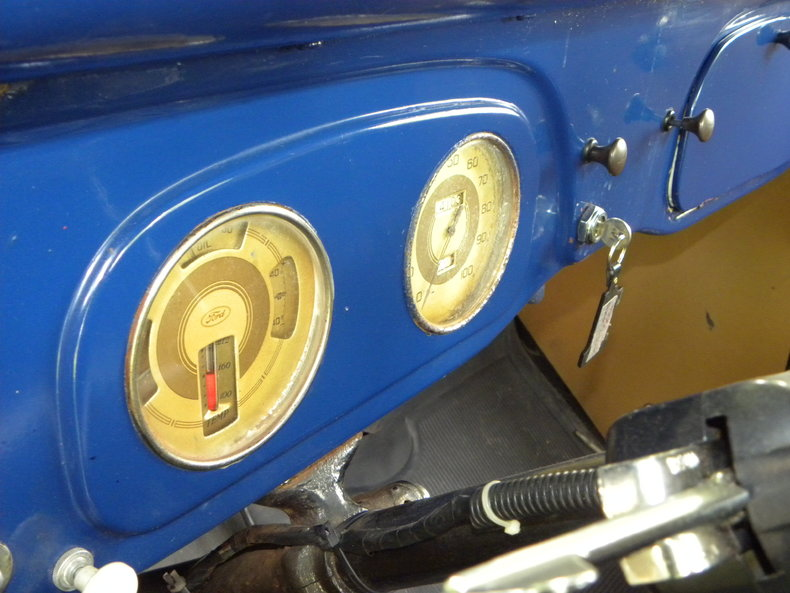 1937 Ford Model 73/77 Image 46