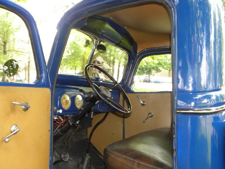 1937 Ford Model 73/77 Image 48