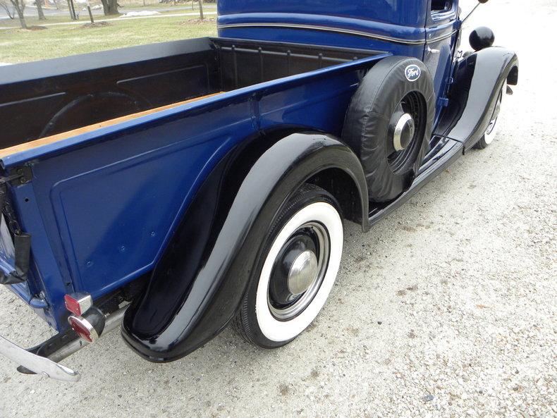 1937 Ford Model 73/77 Image 61