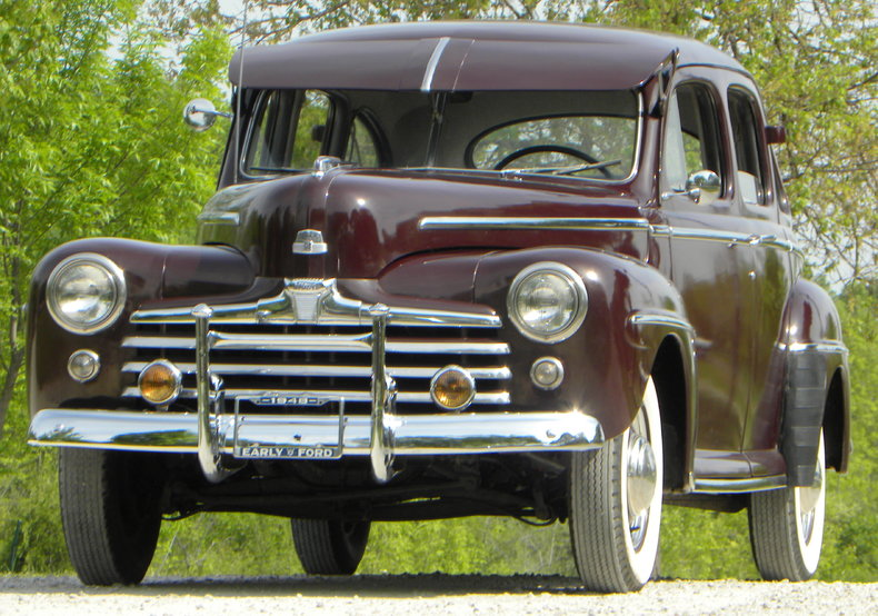 1948 Ford Deluxe Image 5
