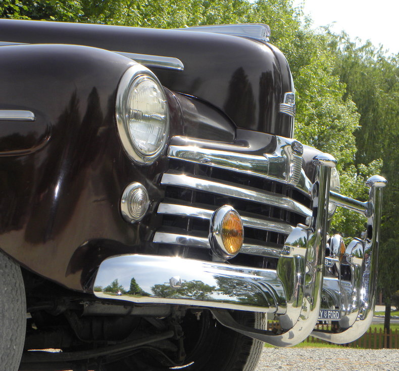 1948 Ford Deluxe Image 8