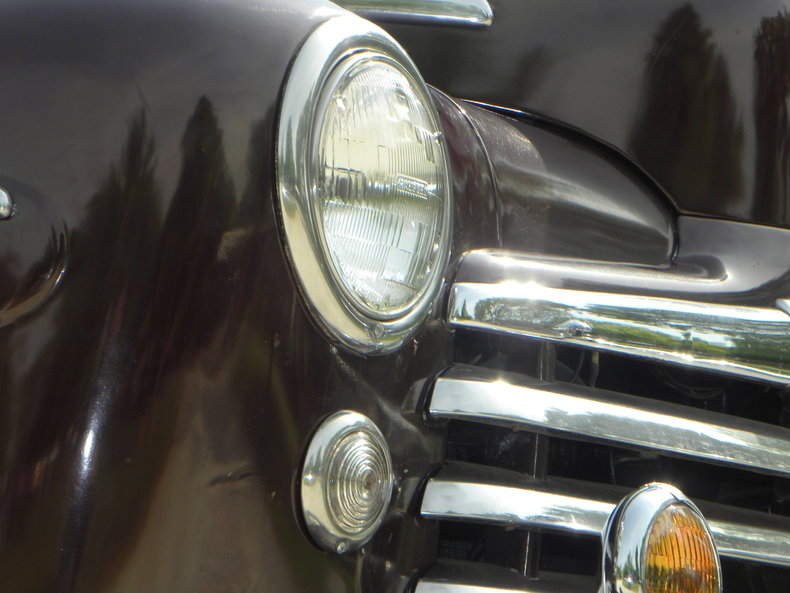 1948 Ford Deluxe Image 9