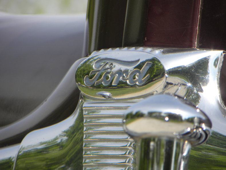 1948 Ford Deluxe Image 15