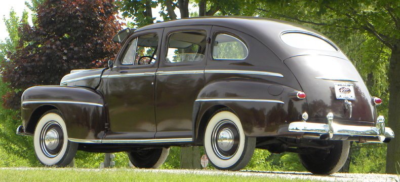 1948 Ford Deluxe Image 24
