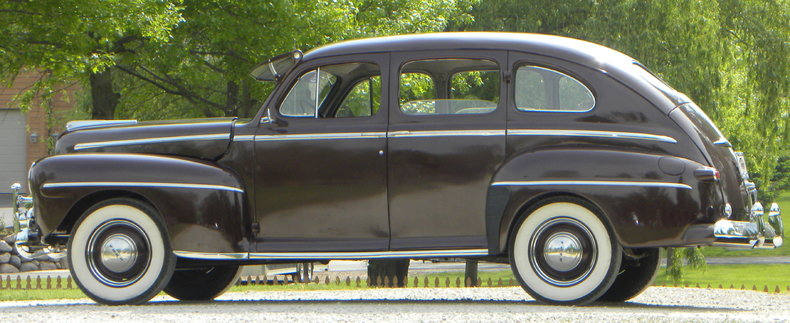 1948 Ford Deluxe Image 25