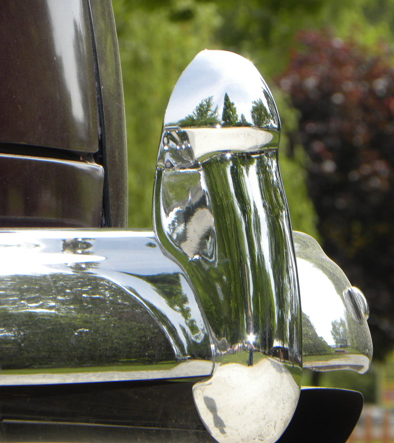 1948 Ford Deluxe Image 27