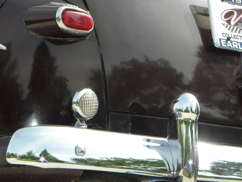 1948 Ford Deluxe Image 28