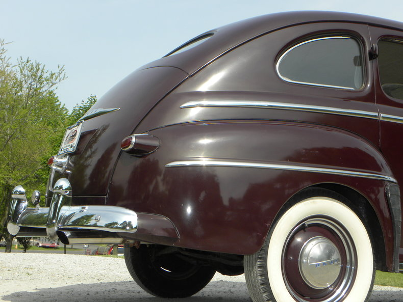 1948 Ford Deluxe Image 30
