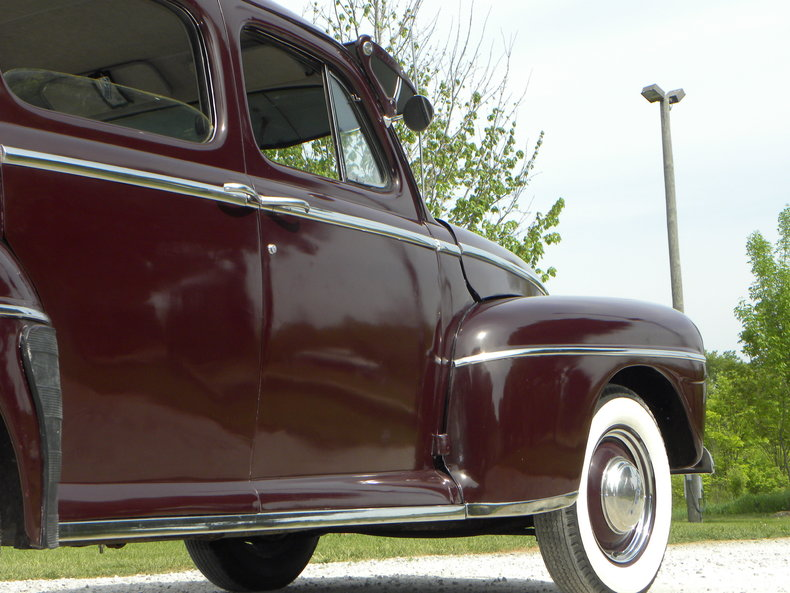 1948 Ford Deluxe Image 31