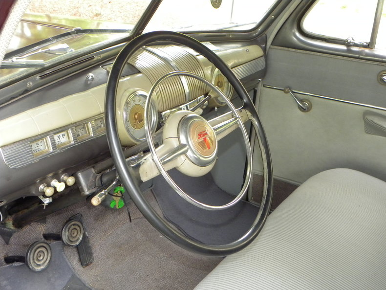 1948 Ford Deluxe Image 33