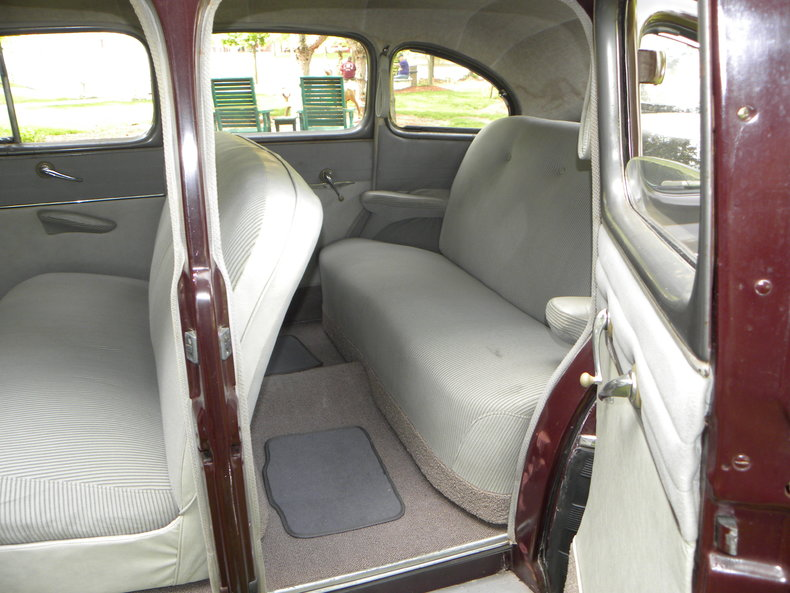 1948 Ford Deluxe Image 43