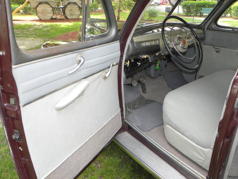 1948 Ford Deluxe Image 44