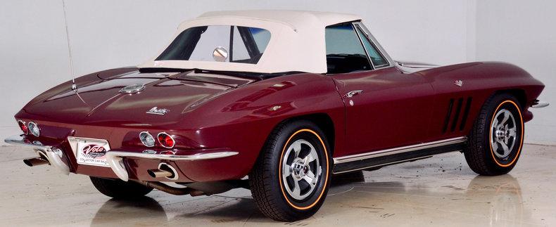 1966 Chevrolet Corvette Image 3
