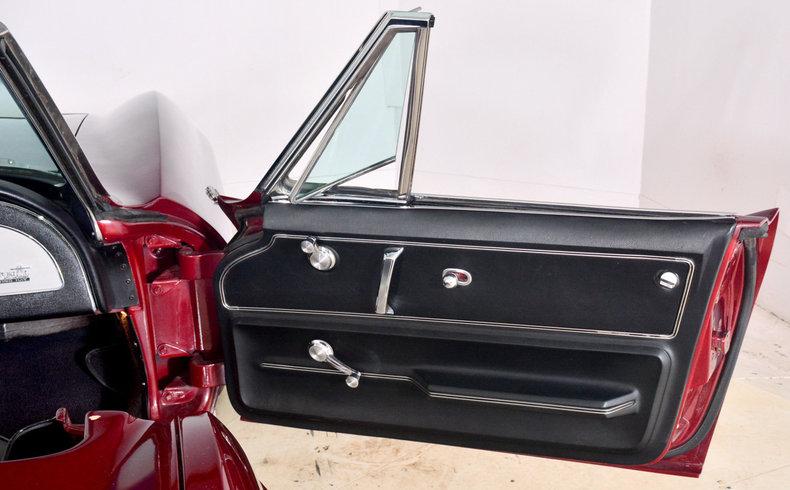 1966 Chevrolet Corvette Image 27