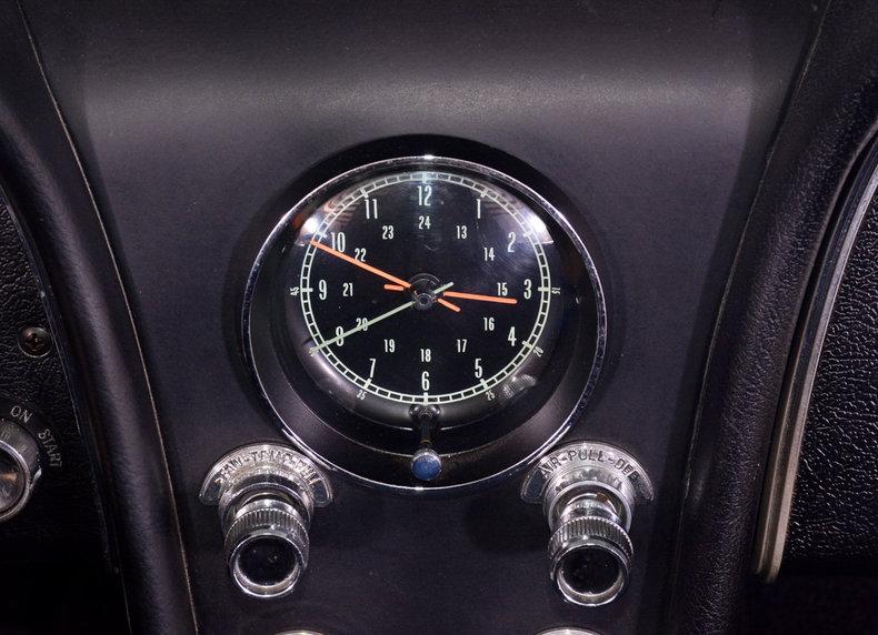 1966 Chevrolet Corvette Image 35