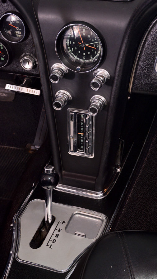 1966 Chevrolet Corvette Image 6