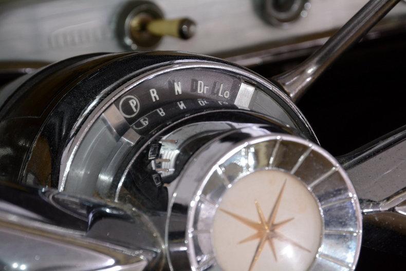 1957 Lincoln Premiere Image 9