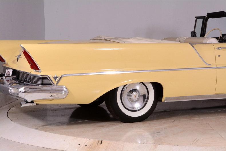 1957 Lincoln Premiere Image 25