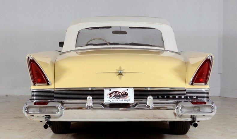 1957 Lincoln Premiere Image 27