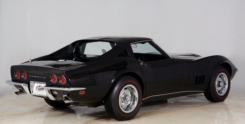 1968 Chevrolet Corvette Image 3
