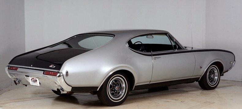 1968 Oldsmobile Hurst Image 3