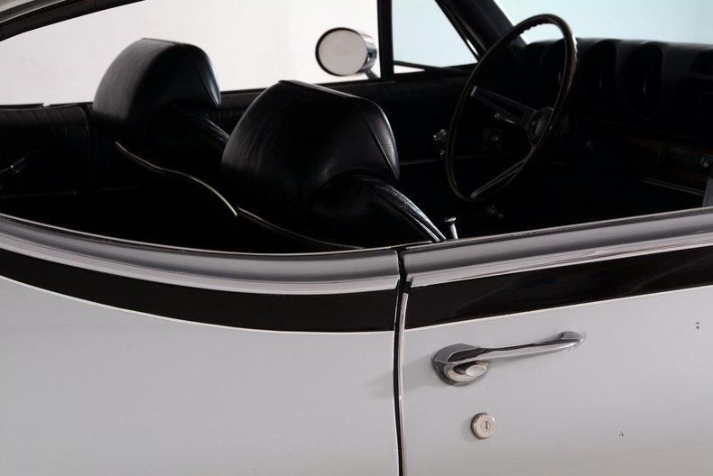 1968 Oldsmobile Hurst Image 30