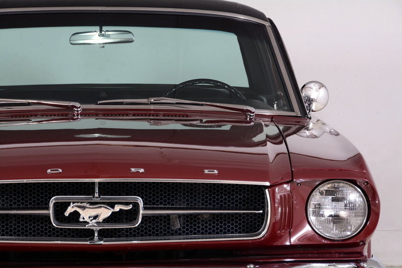 1965 Ford Mustang Image 35