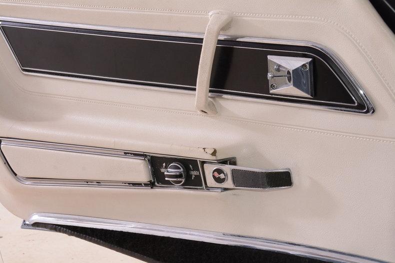 1977 Chevrolet Corvette Image 42