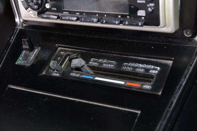 1977 Chevrolet Corvette Image 45