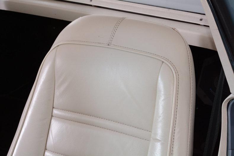 1977 Chevrolet Corvette Image 58