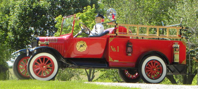 1919 Ford Model TT Image 2