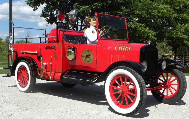 1919 Ford Model TT Image 9