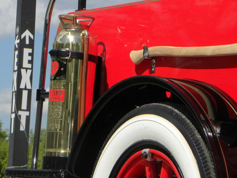 1919 Ford Model TT Image 14