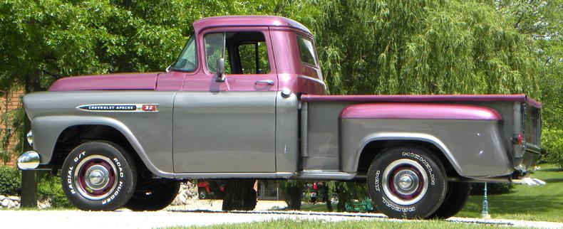 1959 Chevrolet Apache Image 26