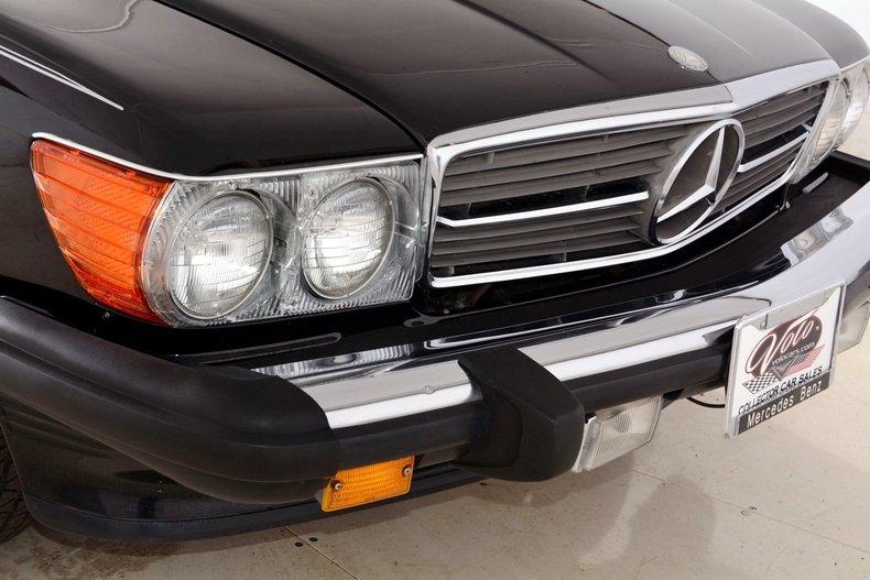 1986 Mercedes-Benz 560SL Image 42