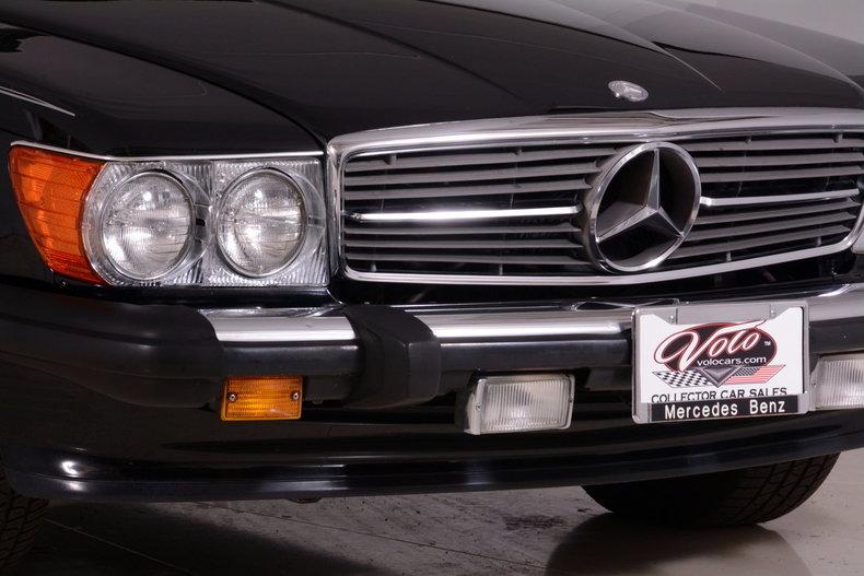 1986 Mercedes-Benz 560SL Image 48