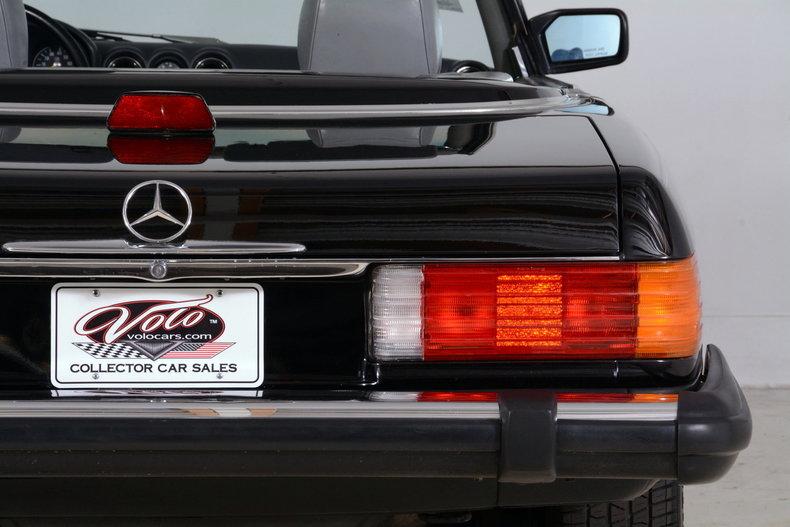 1986 Mercedes-Benz 560SL Image 54