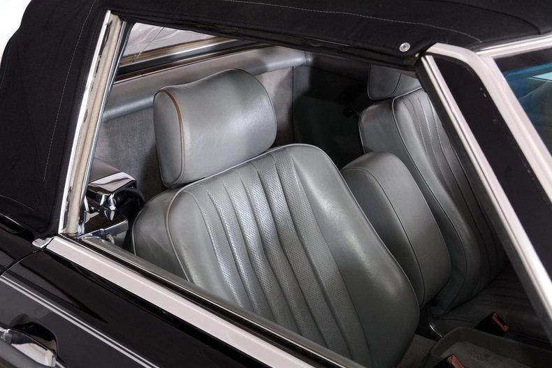 1986 Mercedes-Benz 560SL Image 69