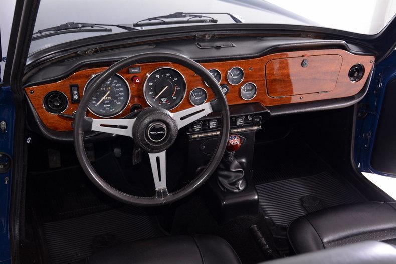 1976 Triumph TR6 Image 2