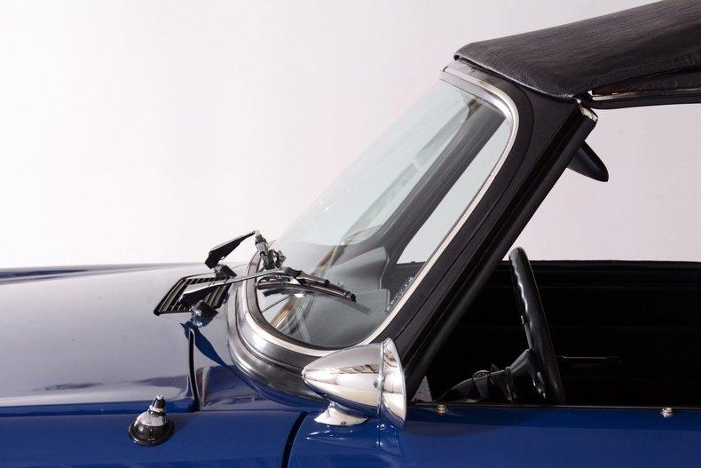 1976 Triumph TR6 Image 28