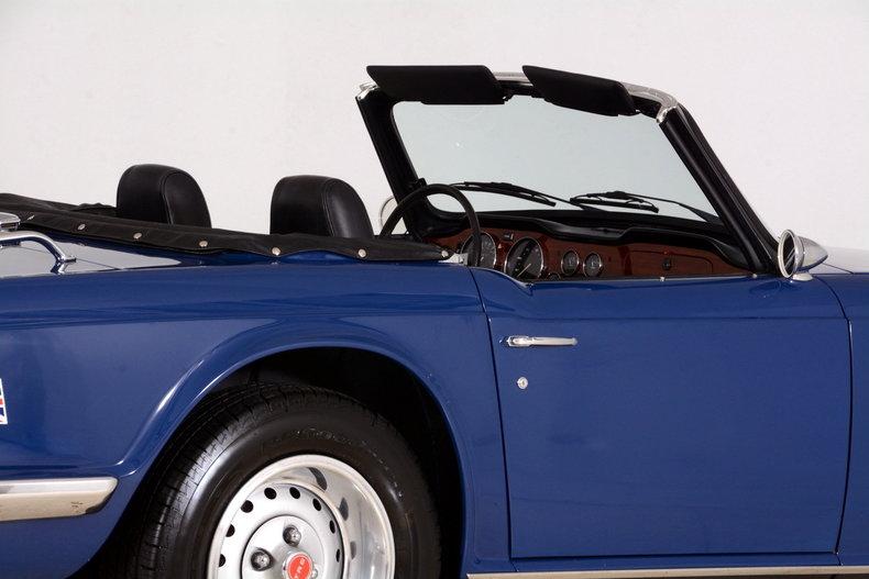 1976 Triumph TR6 Image 36
