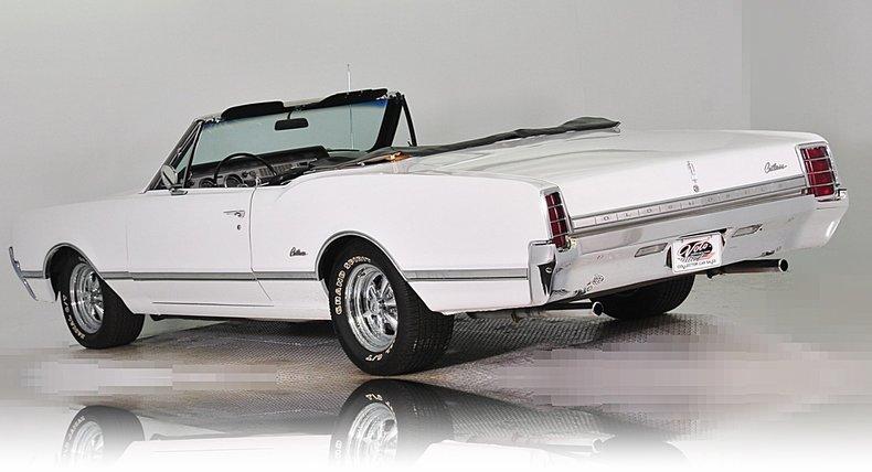 1966 Oldsmobile Cutlass Image 3