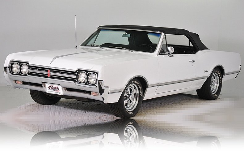 1966 Oldsmobile Cutlass Image 13