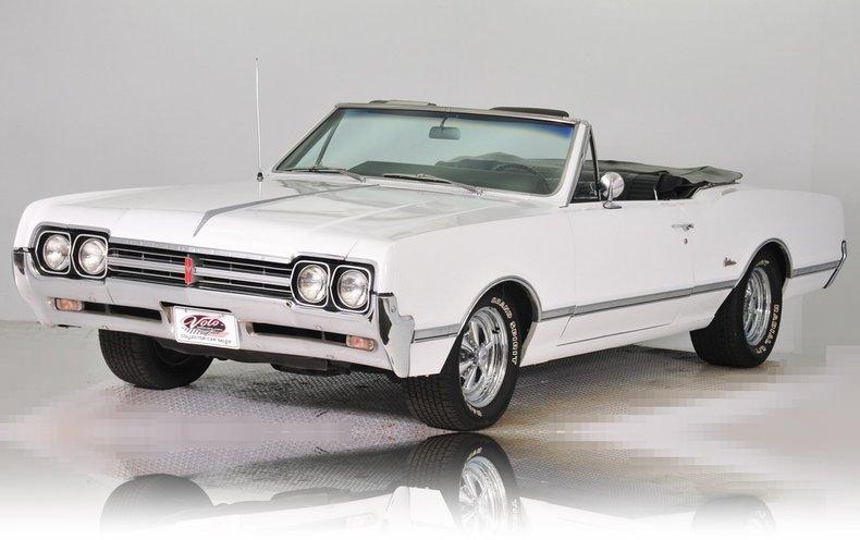 1966 Oldsmobile Cutlass Image 21