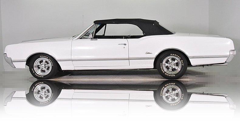 1966 Oldsmobile Cutlass Image 33