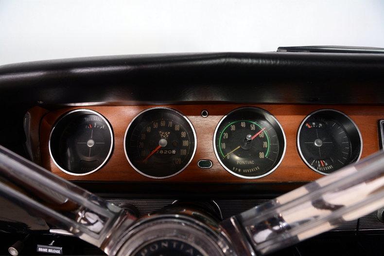 1965 Pontiac GTO Image 12